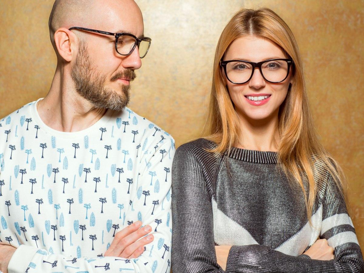 Haarstylingtipps Für Brillenträger Frisur Passend Zu Ihrer Brille