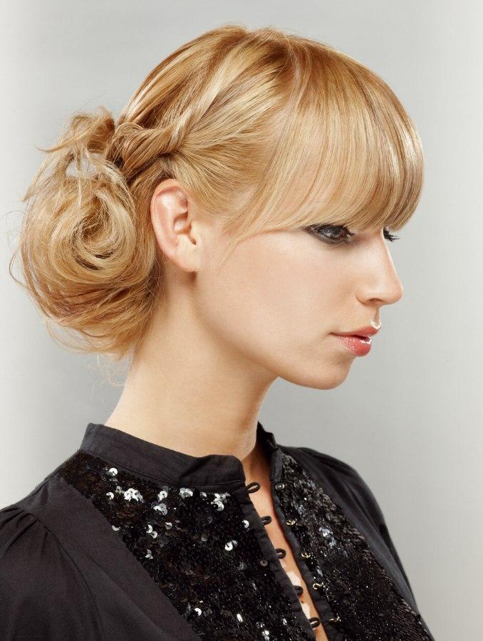 Haarlänge Bis Knapp über Die Schultern Und Hollywood Style Der 40er
