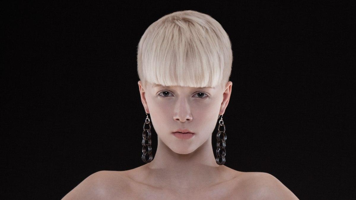 Moderne blondinen hochpr zise schnitte sexy haarfarbe for Ladeblok wit 3 lades