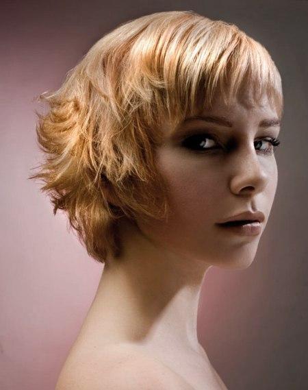 Frisuren fur kurze stufige haare
