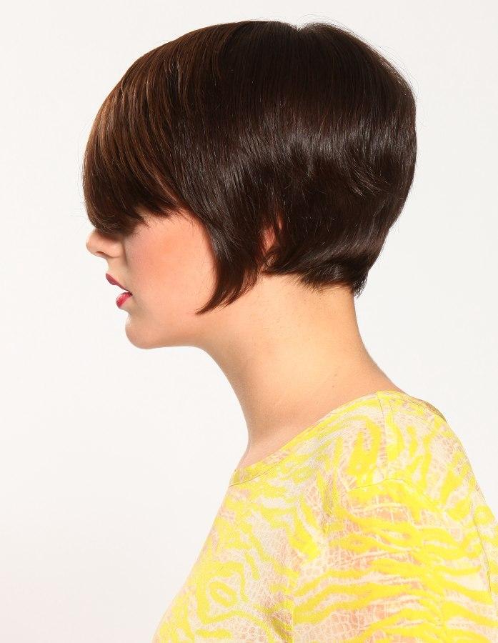 Frisur Mit Kurzem Nacken Und Einer Unterbrechung Am Ohr Die Den